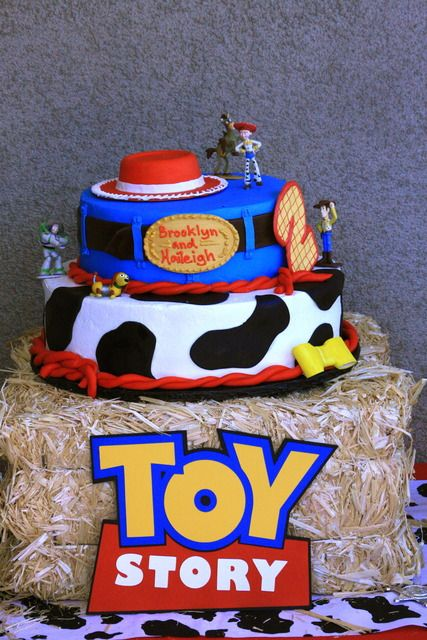 Toy Story cake stand ♥ For more visit- www.These-2-Hands.com or on IG @ www.Instagram.com/These2Hands2012 ♥