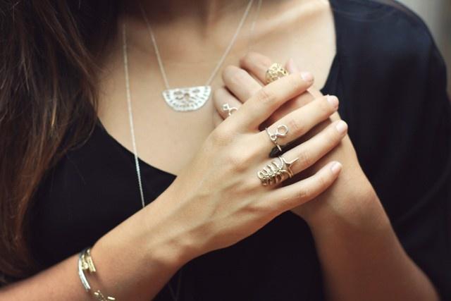 Rib Ring by Odette