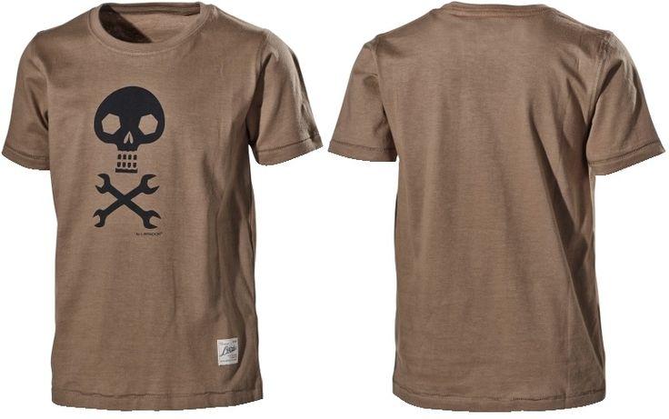 Футболка с печатью на груди 352B  Короткий рукав.  Круглый вырез на шее футболки. Печать на груди. Хлопок 100% Материал: 100% хлопок. 160 г / м ².