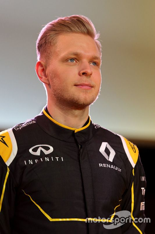 Kevin Magnussen Team: Renault Nationality: Danish Born: 5/10/92, Roskilde Grand prix debut: Australia, 2014 Previous teams: McLaren Races: 20 Career wins: 0 Career pole positions: 0