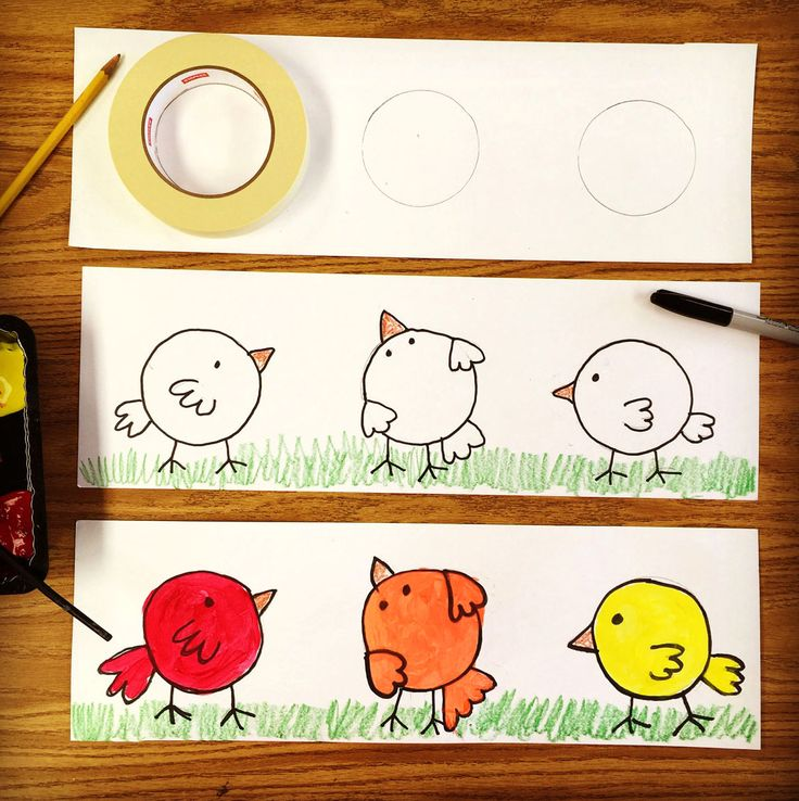 Make your color wheel lesson a fun and cute one with these cute round birds. Trace three circles and turn them into a mini color wheel.