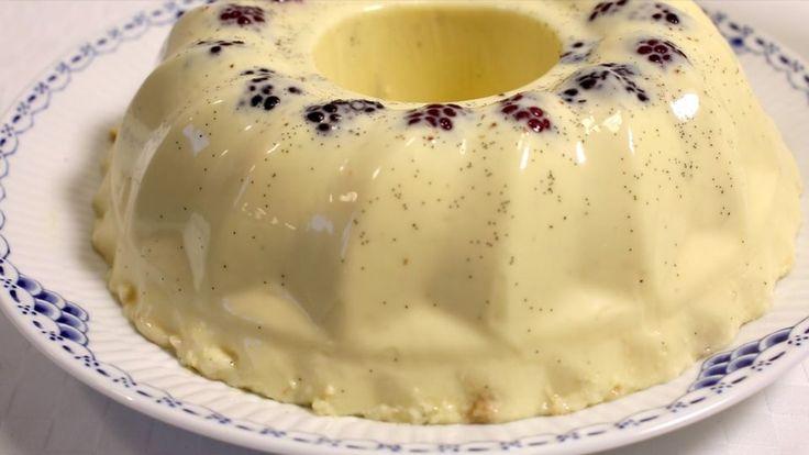 Diplomatbudding er en lækker opskrift af Badehotellet fra Badehotellet, se flere dessert og kage på mad.tv2.dk