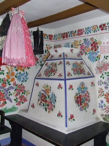 Kalocsa - wall painting with floral motives