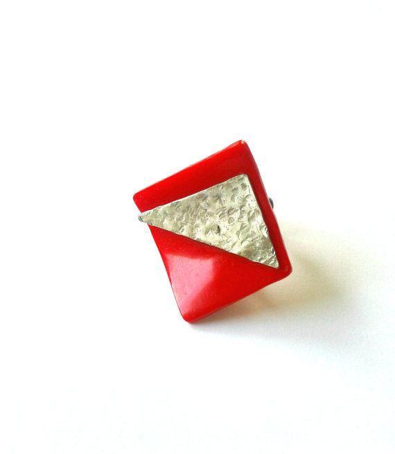Handmade red plexi glass and alpaca adjustable ring