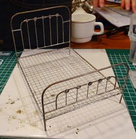 Thea's Miniatuurwereld: PPH weekend 2014 - Workshop Frans bed solderen