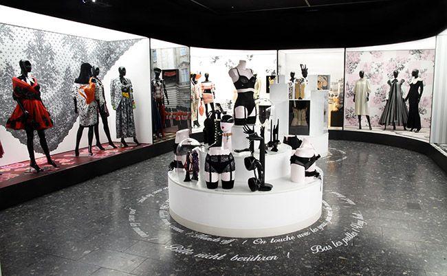 Chantal Thomass au Musée de l'Impression sur Étoffes