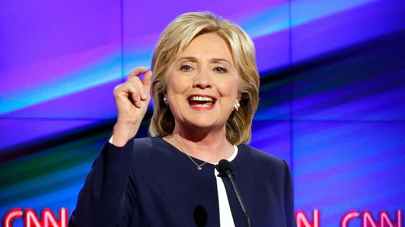 Hillary Clinton slams Carly Fiorina Republicans on paid family leave