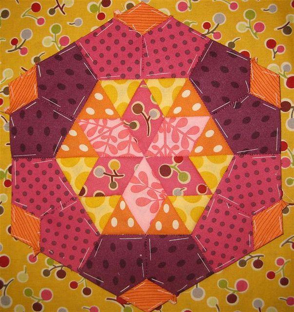 Block 6 - English Paper Piecing by susinoss2001, via Flickr