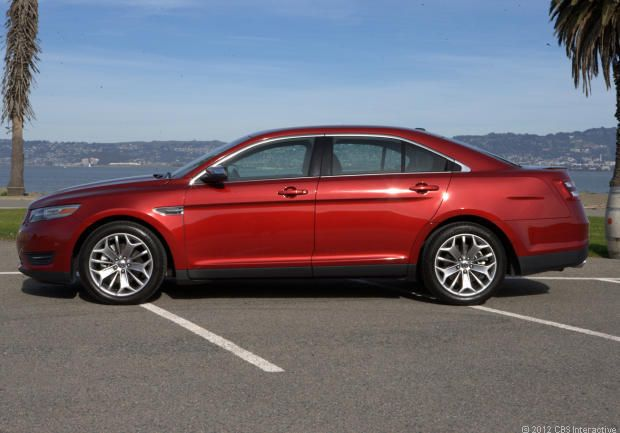 2013 Ford Taurus Review - Watch CNET's Video Review