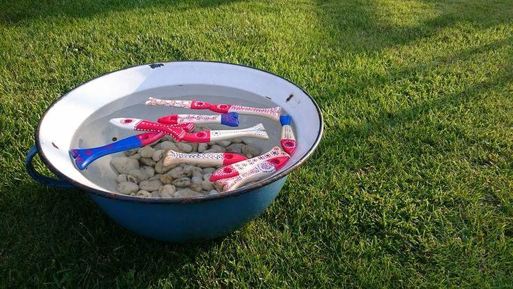 Ecset, halak, festés, gyerekjáték...nyár....Paintbrush, fish, painting, children's games ... summer ....