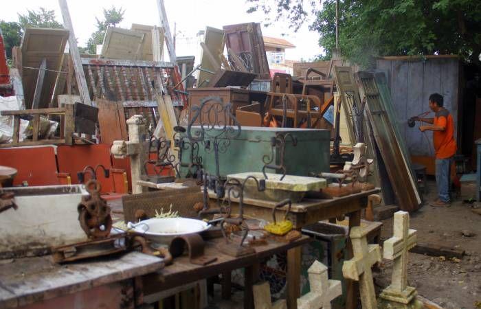 Tiendas de antigüedades, en auge en Yucatán. Los objetos antiguos son restaurados para que vuelvan a ser utilizados en las casas y luzcan esplendorosos. (Milenio Novedades)