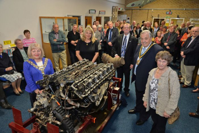 Right, Carol Hubbard unveils the Merlin engine with Geraldine Robinson Mayor of Lutterworth, Councillor Rosita Page, Geoff Smith curator and Bill Liqourish Chairman of Leicestershire County Council. PICTURE: ANDREW CARPENTER
