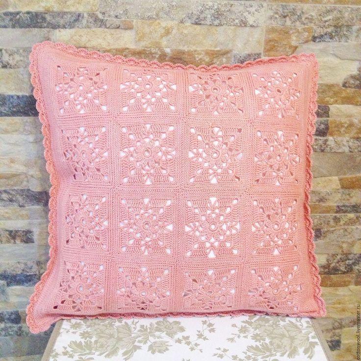 """Купить Декоративная подушка """"Брусничный чизкейк"""" - кремовый, подушка, подушка декоративная, подушка на диван, подушечка"""