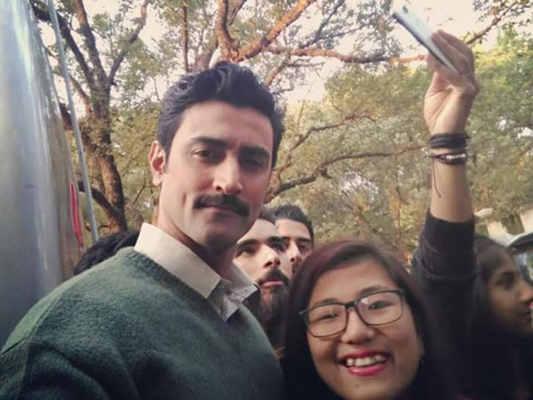 Is this Kunal Kapoor's look from his upcoming movie 'Raag Desh'?