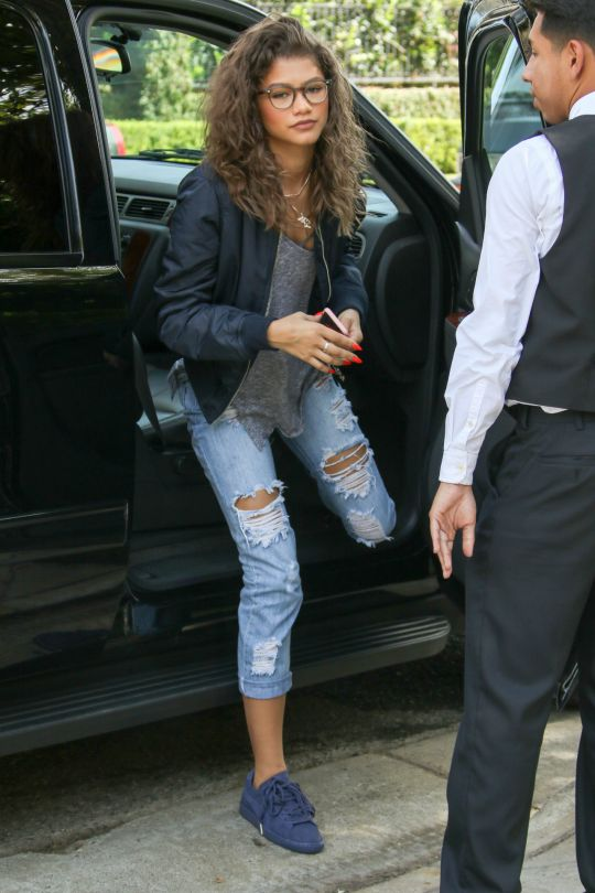 1000 Ideas About Puma Outfit On Pinterest Pumas Rihanna Sneakers And Low Heel Shoes