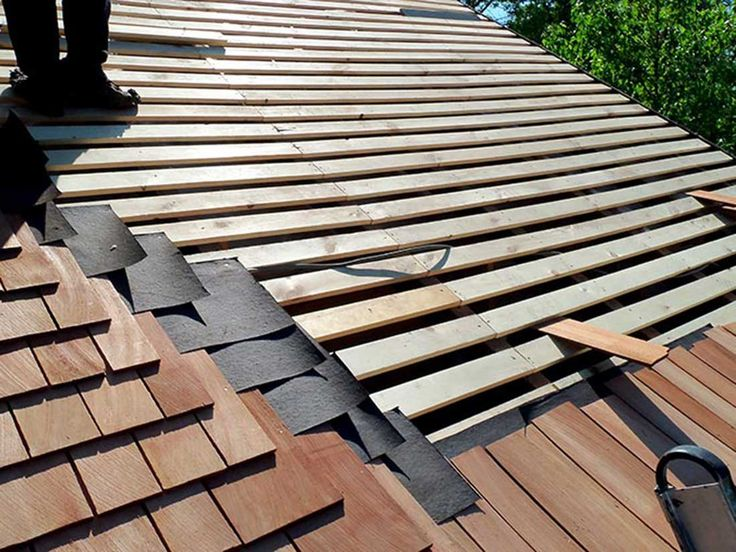 Best Residential Re Roofs Wood Roofing Wood Treating Shake And Shingle Sealing Repair And Replacement 400 x 300