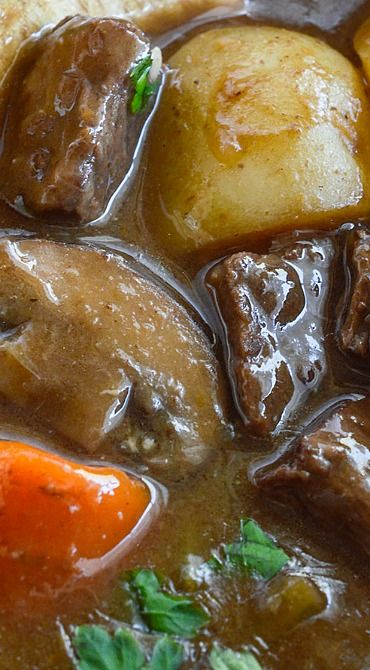 Easy Beef Stew http://samscutlerydepot.com/product/16-chefs-kitchen-industrial-grade-home-knife-honing-sharpening-steel-rod-t45/