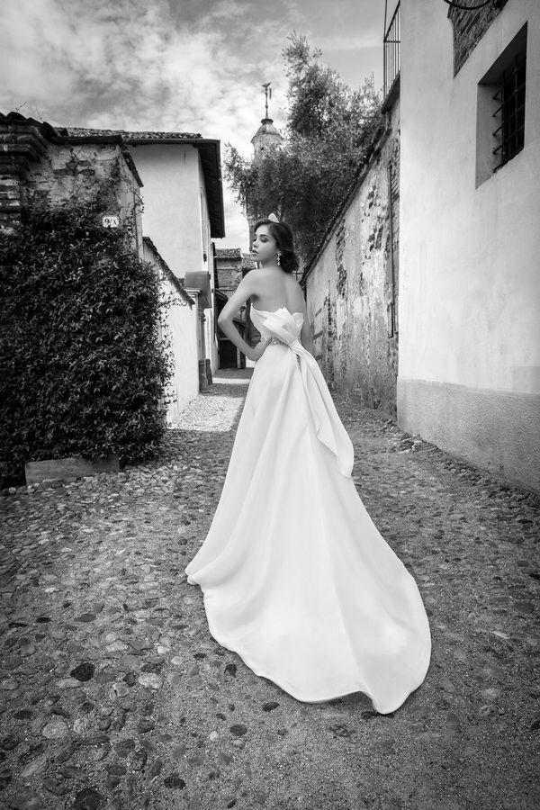 #alessandrarinaudo #collezione2015. Il meglio della #modasposa presso l'Atelier #ilgiardinodellasposa