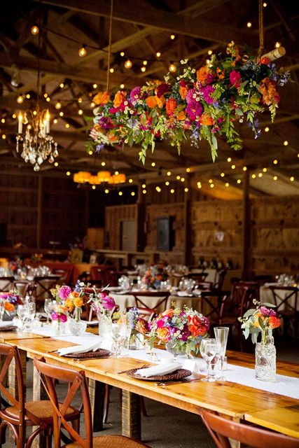 Hanging floral chandelier. Holly Chapple Flowers - http://thefullbouquetblog.com/