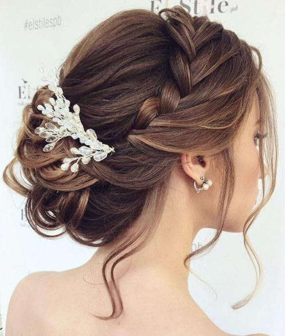 Empfohlene Frisur: Elstile; www.elstile.com; Hochzeitsfrisur Idee. #elstyle #em … – Frisuren