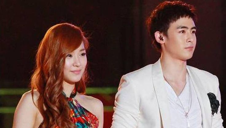 Nichkhun leaves mysterious and sweet Twitter messages for Tiffany?   http://www.allkpop.com/article/2014/04/nichkhun-leaves-mysterious-and-sweet-twitter-messages-for-tiffany
