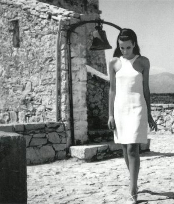 Elena Nathanail. 60s summer style.