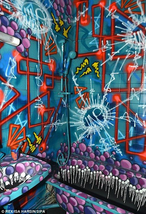 Paris apartment building turned into a temporary graffiti gallery