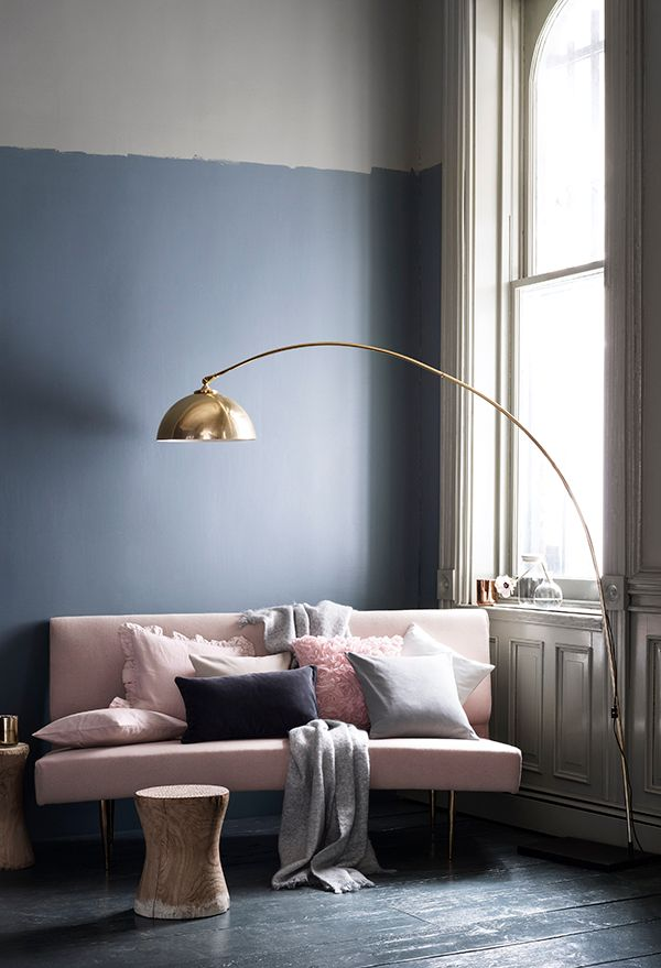 For more patterned sofas and living room inspiration head over to modernsofas.com #interiordesign #furnituredesign #livingroomdesign #modernsofas #modernsofastyle