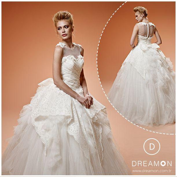 Klasik tarzda balo eteği formunda hazırlanmış özel gelinlik modelidir. Beden drapesi ile üzerinize tam oturacak, omuzlardaki dantellerle tam bir bütün oluşturacaktır. Tül etek üzerinde özel danteller katlanarak düşmektedir. Sırt britleri ve dantlele yapılmış fiyonk, bu özgün tasarım modeli #sizeçokyakışacak www.dreamon.com.tr #dreamon #gelinlik #fairytale #candy #baloeteği #özel #drapes #dantelli #tületek #brit #fiyonk #tasarım #hayal #düğün #evlilik #dream #wedding #dress #bridals #şık…