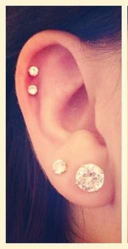 I either want two cartilage piercings or 3 to go along with my 3 lobe piercings.