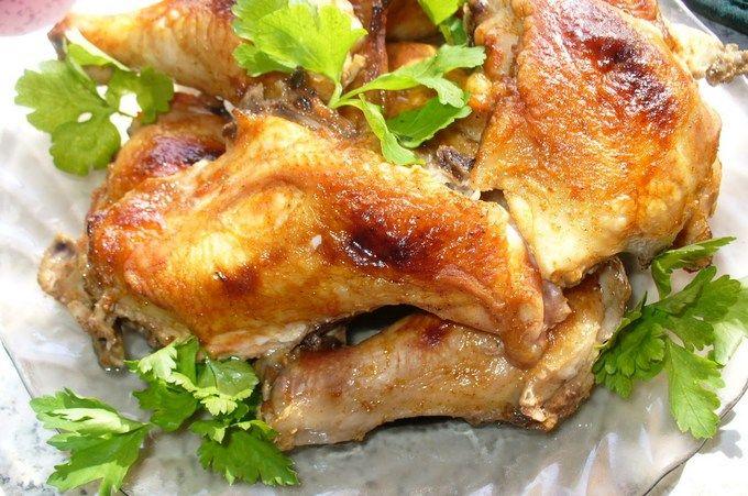 Курица со сметаной запеченная в духовке