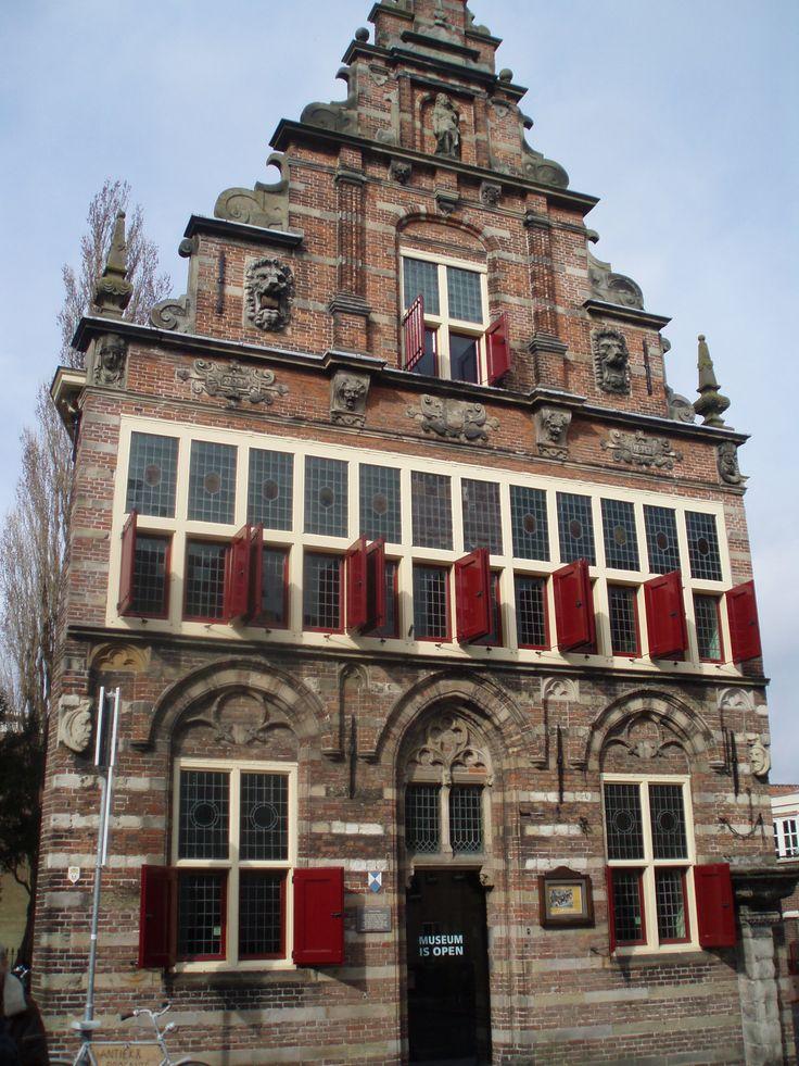 Stadhuis (City Hall) Woerden (Holland) gesloten (closed)