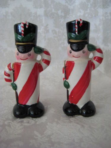 VINTAGE CHRISTMAS JAPAN CANDY CANE SOLDIERS SALT & PEPPER SHAKERS NAPCO?