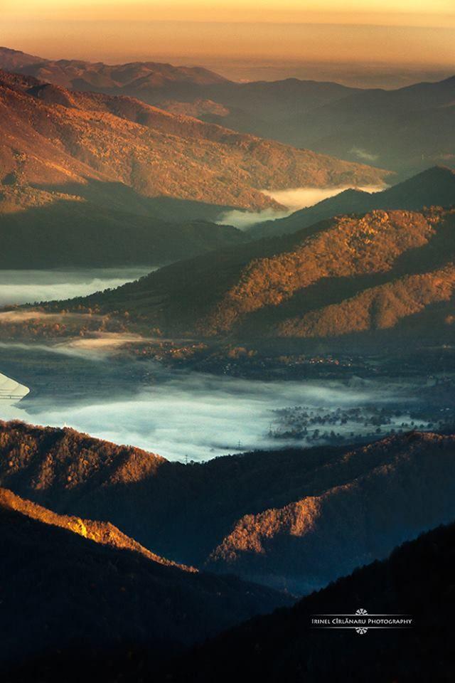 Valea Oltului, Romania (by Irinel Cirlanaru)