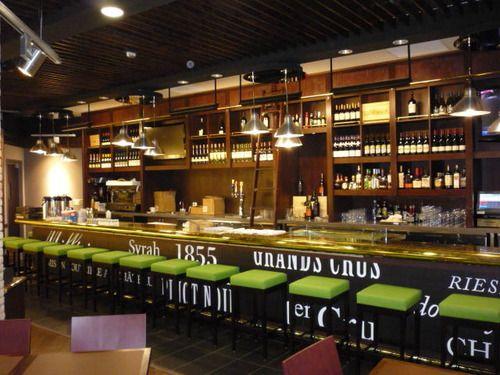 Modern And Elegant Bar Design 2015 With Lighting Style
