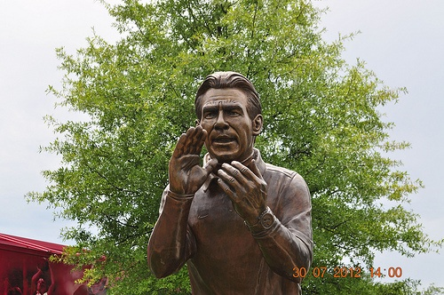 Coach Nick Saban Statue Tuscaloosa, AL