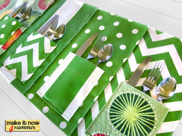 Make it Now 4 Summer: Picnic Placemats with Flatware Pockets | Sew4Home