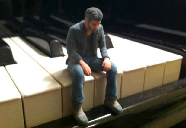 3D Printer Lets You Print Favorite Internet Memes - Sad Keanu