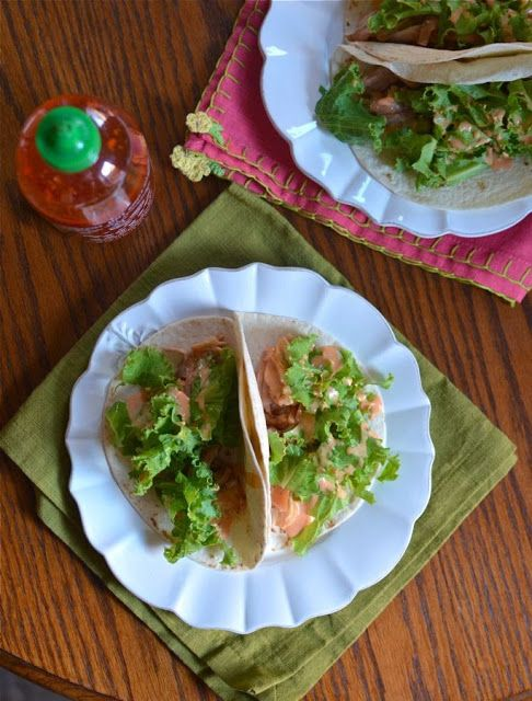 words & whisks: honey, lime, & sriracha chicken tacos with spicy seoul sauce