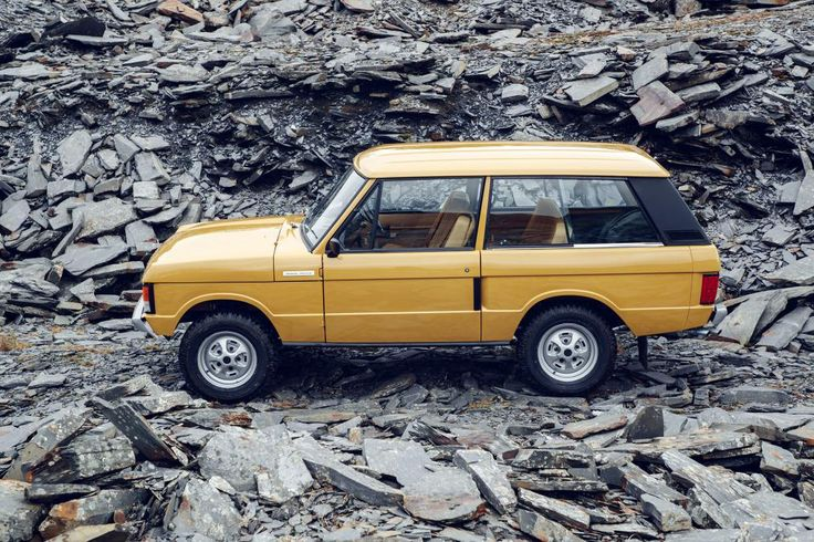Land Rover is planning to provide the original Range Rover with a restoration overhaul, now announcing the Range Rover Reborn program.