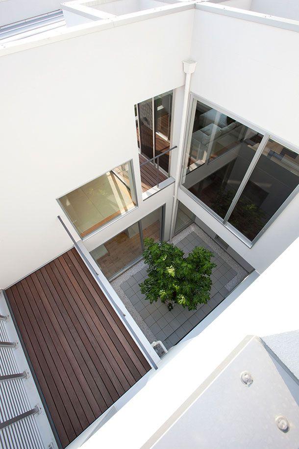 CASE 260 | クリヌキ窓のある純真な家(愛知県豊田市) |高級住宅・豪邸 | 注文住宅なら建築設計事務所 フリーダムアーキテクツデザイン
