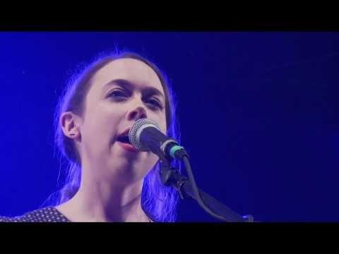 Sarah Jarosz at Shrewsbury Folk Festival - YouTube