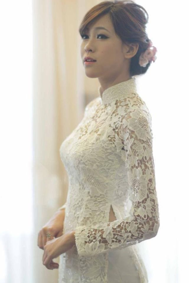 Vietnamese Traditional Beautiful White Lace Ao Dai in Clothing, Shoes & Accessories   eBay