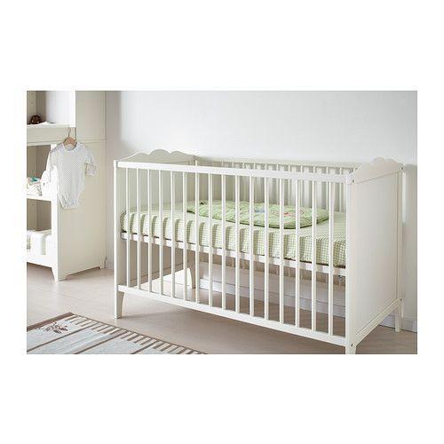 HENSVIK Rácsos ágy IKEA A rácsos ágy alapja két különböző magasságba állítható.