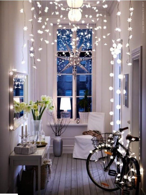 Christmas Decoration Ideas For Small Living Room Floating Shelves 13 Simple Decorating Spaces Apartment Decorations Space If You Love The Holidays But Idea Of Fitting An 8 Foot Tree In Your Tiny
