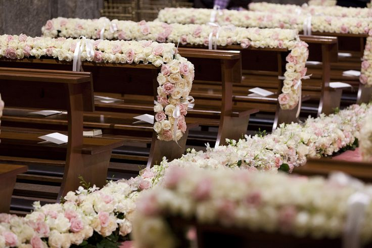 Pink roses aisle with seats decoration