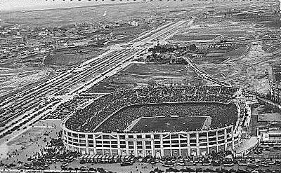 Estadio Santiago Bernabéu en 1957.