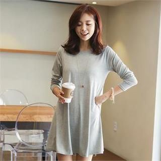 1000  images about Maternity clothes on Pinterest | South korea ...
