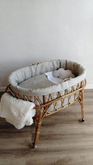 "Minicrule-XL Cane ""Love"" (ab 215 € ohne Baldachin) – Emmas Story – Minimalist Nursery Decor – Kinderzimmer"