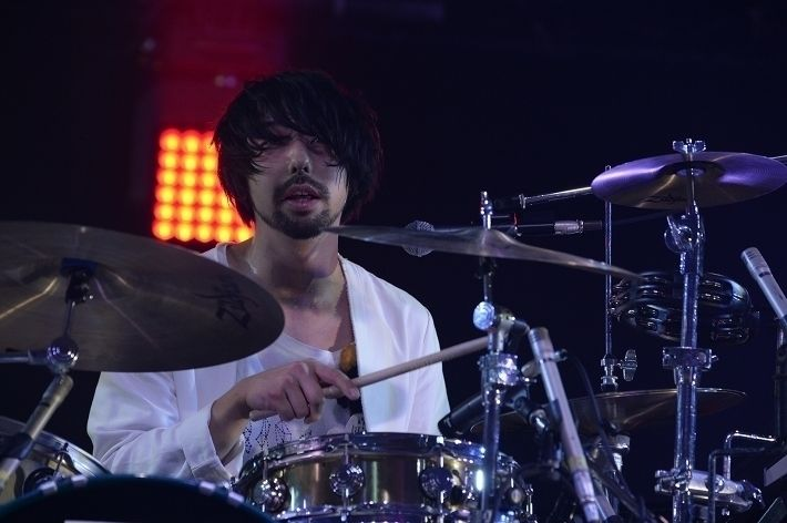 UNISON SQUARE GARDEN | COUNTDOWN JAPAN 16/17 | クイックレポート | ロッキング・オンの音楽情報サイト RO69